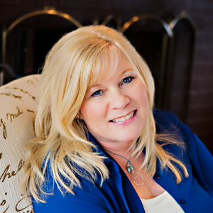 684 My Strength is My Story with Darla Kirchner, Branding You